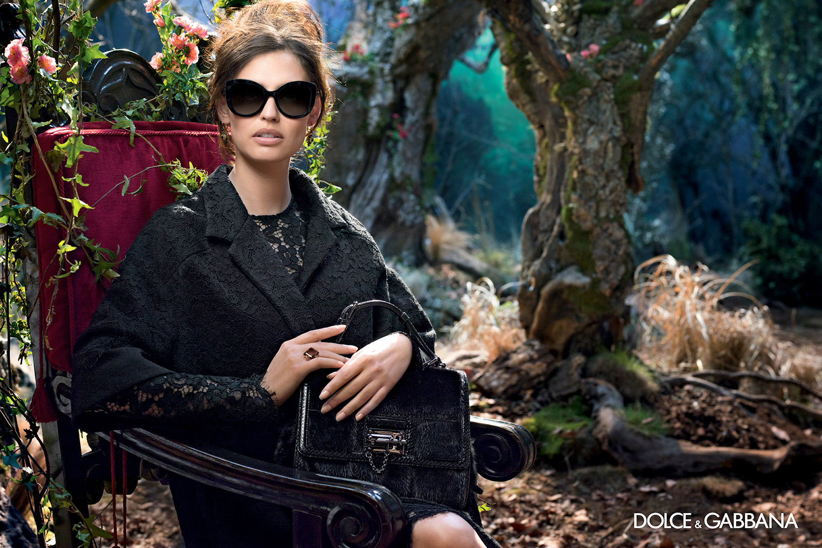 dolce-gabbana-adv-sunglasses-campaign-winter-2015-women-071