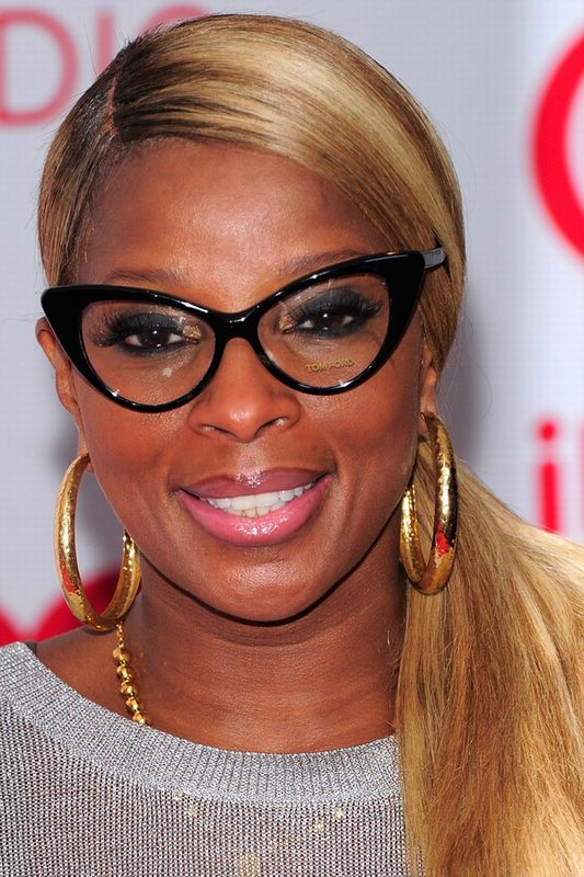 celebrity-glasses-21-1055381_H181400_XL